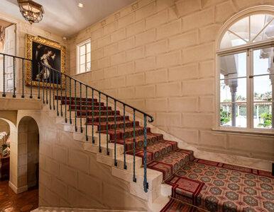 John Lennon i Yoko Ono kupili ten dom tuż przed tragicznym zamachem....
