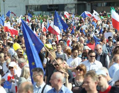 """Spór o liczbę uczestników marszu KOD i opozycji. """"Dane propagandowe"""""""
