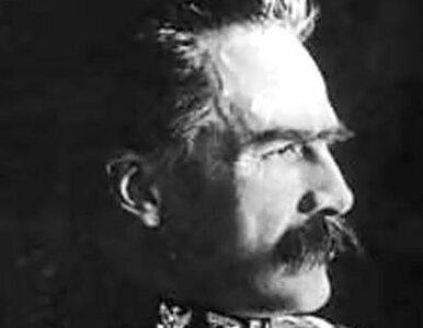 Polonia na grobie Piłsudskiego - na Litwie też celebrują rocznicę...