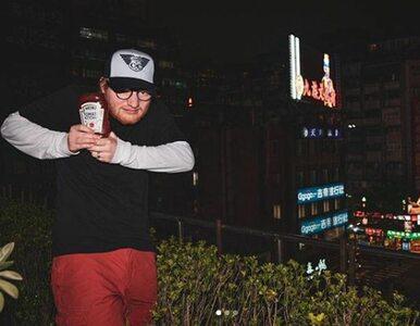 Ed Sheeran reklamuje ketchup. Zaczęło się od kwietniowego zdjęcia na...