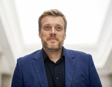 """Komentatorzy chwalą wystąpienie Zandberga w Sejmie. """"Najlepsze w tej..."""