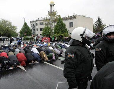 """Niemcy wyrzucą z kraju islamskich radykałów? """"Nie damy się wciągnąć w..."""
