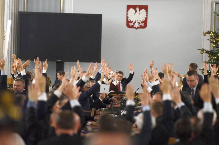 Głosowanie z 16 grudnia 2016 roku, które odbyło się w Sali Kolumnowej