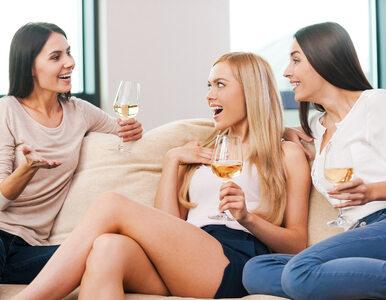 Jesteś młodą kobietą? Dowiedz się, dlaczego powinnaś odstawić alkohol