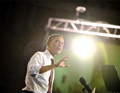 Obama i Romney kontynuują wymianę ciosów