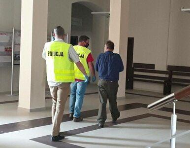 Właściciel schroniska w Radysach aresztowany. Obrońcy praw zwierząt...