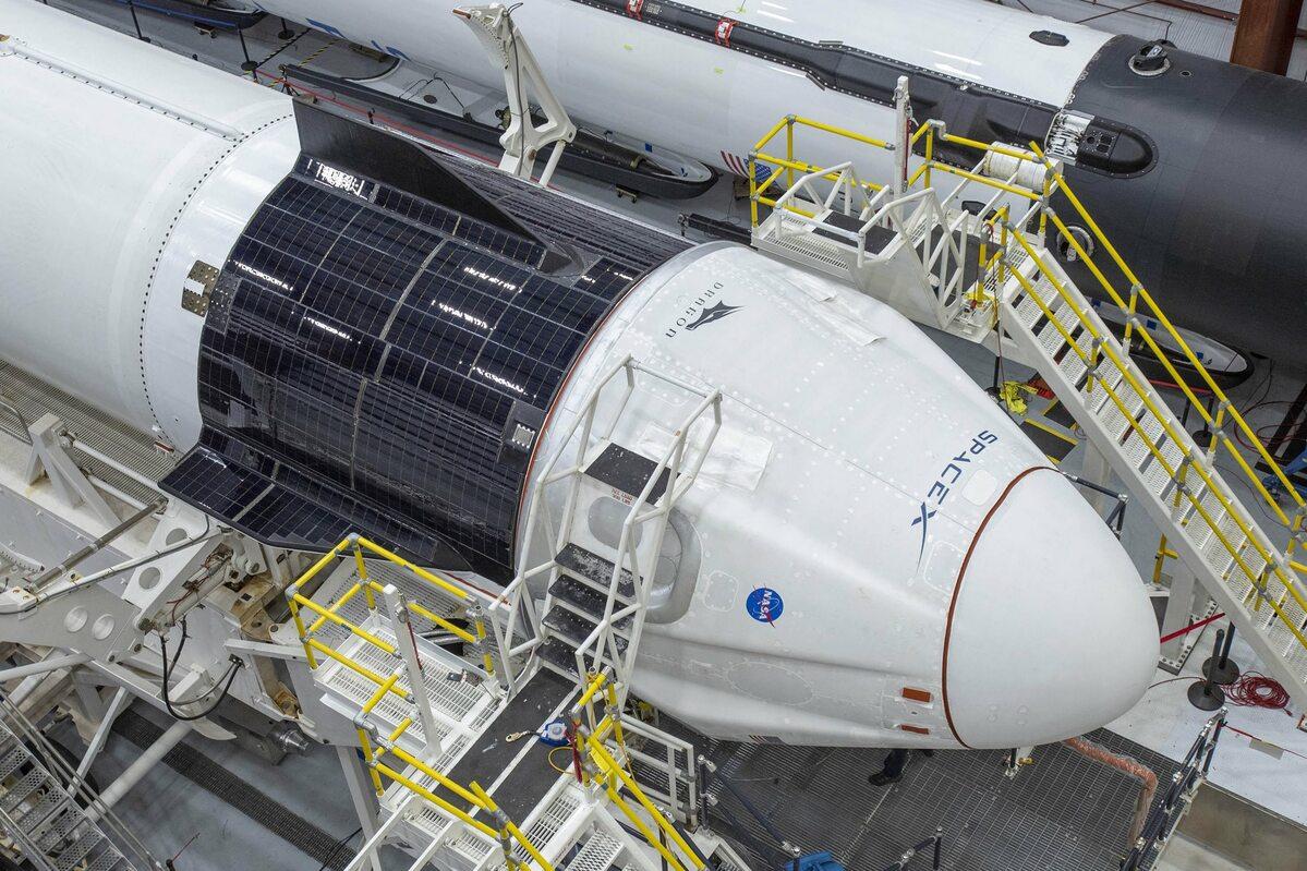 Falcon 9 z kapsułą Dragon 2