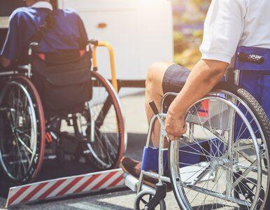 Sejm przyjął rządowy program 500+ dla niepełnosprawnych. Wzięto pod...