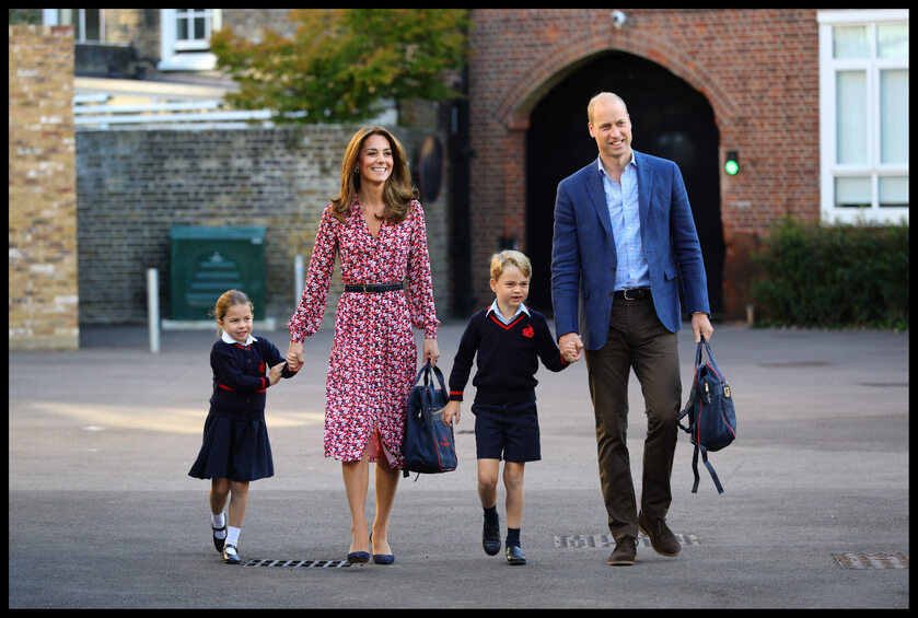 Księżniczka Charlotte, książę George oraz ich rodzice Kate i William