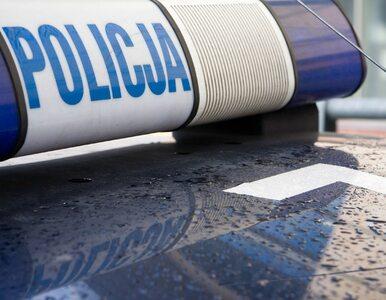 Tragiczny wypadek w Siedlcach. Auto przygniotło do ściany 2-letnie dziecko
