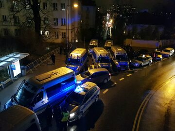 6 grudnia 2017 roku. Sejm przygotowuje się na oblężenie
