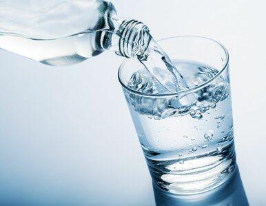 Czy wiesz, że możesz pić wodę w niewłaściwy sposób?