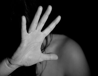 Oferowała mężczyznom seks z 14-letnią córką. Została skazana na prace...