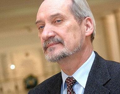 Macierewicz: Kask Stocha to hołd dla poległych pod Smoleńskiem