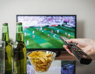 Oglądanie telewizji przez wiele godzin zwiększa ryzyko raka jelita u...