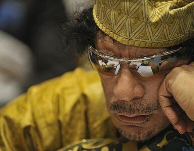 Kadafi bombarduje Adżdabiję