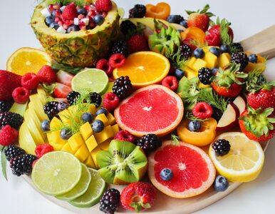 Je tylko surowe owoce i warzywa. Chce, by jej dziecko miało taką samą dietę