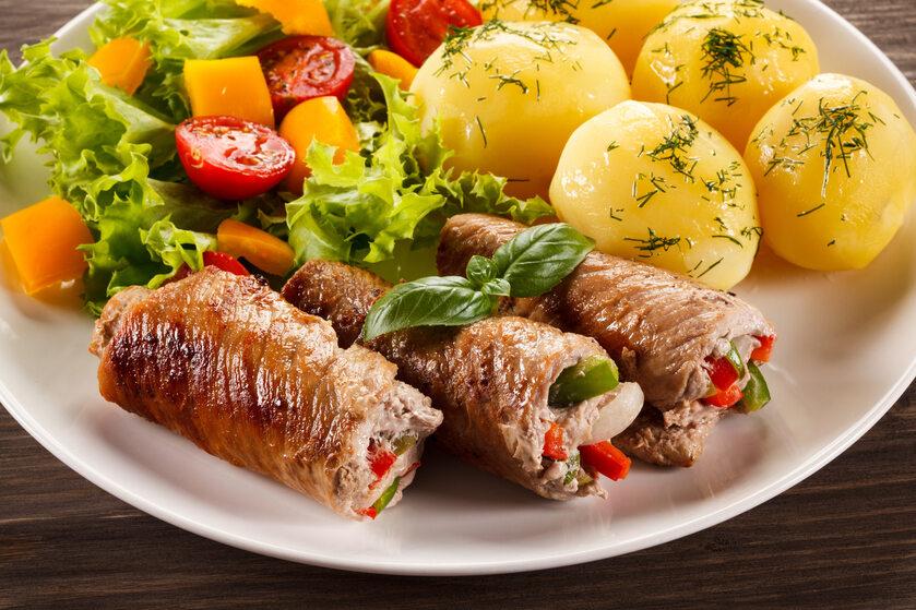 Wieprzowe roladki z warzywami