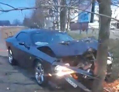 Pracownik myjni rozbił klientowi 500-konne auto