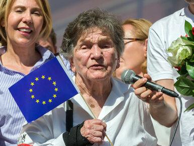 Uczestniczka Powstania Warszawskiego znowu przed Sejmem. Padły mocne słowa