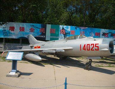 Koreańskie myśliwce spadają z nieba