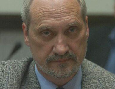 Macierewicz oskarżał o współpracę z WSI - MON przeprasza