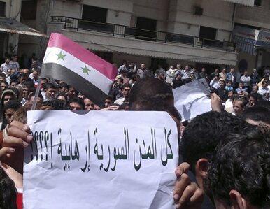 """""""Piątek ludzi wolnych"""". Syryjczycy demonstrują, czołgi blokują ulice"""