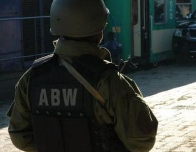 """ABW zatrzymała mężczyznę, który chciał przeprowadzić zamach. """"Używał..."""