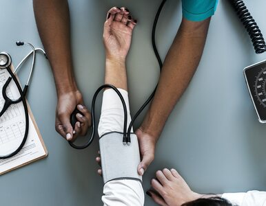 Nadciśnienie tętnicze w obliczu COVID-19 – co zalecają eksperci?